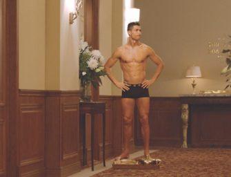 Cachan a Cristiano Ronaldo en ropa interior